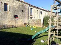 Chez Aristide - The Courtyard at St Catherines Image 21