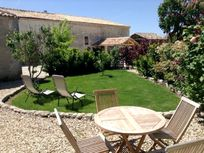 Maison Cachee - The Courtyard at St Catherines Image 6
