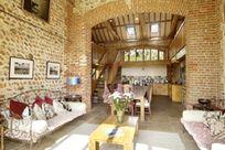 Chaucer Barn Image 2