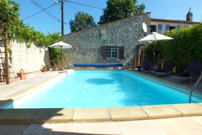 Family Friendly Holidays at Charente Cottage