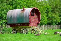 Stable Cottage - Hamptons Farmhouse Image 6