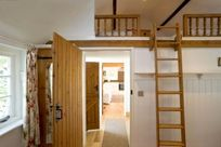 Stable Cottage - Hamptons Farmhouse Image 8