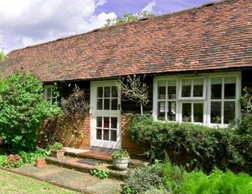 Stable Cottage - Hamptons Farmhouse Image 10