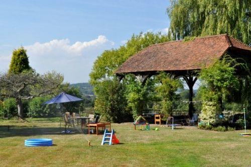 Willow Cottage - Hamptons Farmhouse Image 9