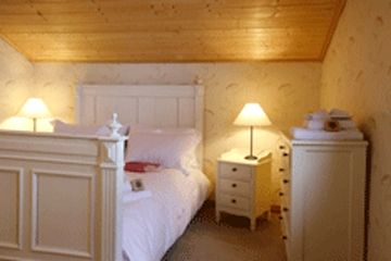 Chalet Chambertin - Family Room (quad) Image 5