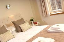 Avocet bedroom