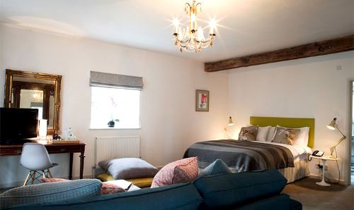 Fowey Hall - Family Suite Image 2