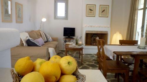 Kallisti Villas - Villa Myrtia Image 2