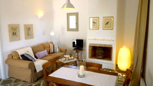 Kallisti Villas - Villa Myrtia Image 3