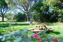 Spacious gardens to play and relax
