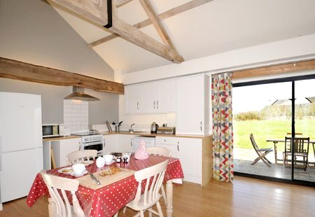 Tern cottage kitchen