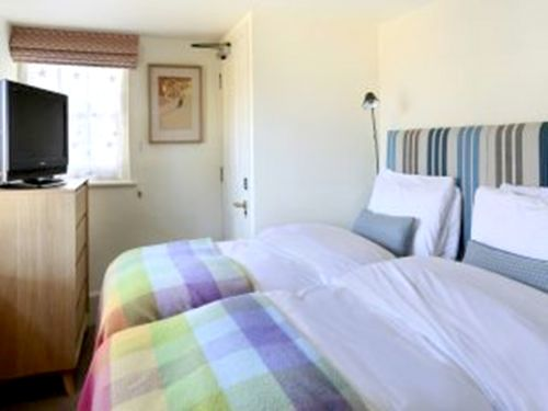 Ickworth Hotel - Lodge Two Bed Apartment Image 11