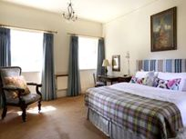 Ickworth Hotel - Lodge Three Bed Apartment Image 11