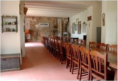 Villa Pia- Small Family Room Image 2