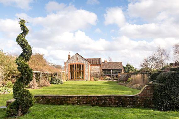 Chaucer Barn Image 10