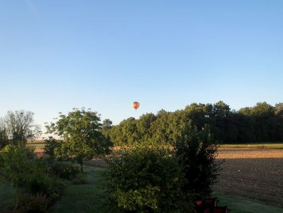 May evening view SW - hot air balloon about the only traffic you will see...
