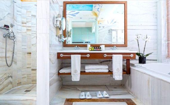 Elounda Gulf Villas & Suites - Elounda Pool Villa Image 4