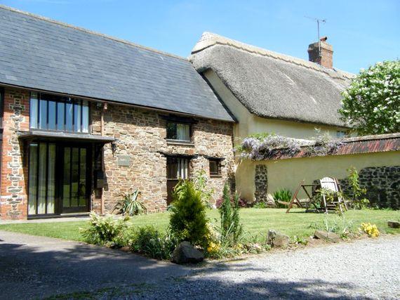 Saffi's Cottage Image 1