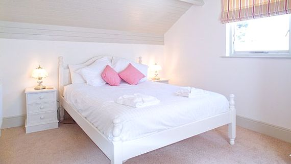 Fulmar double bedroom
