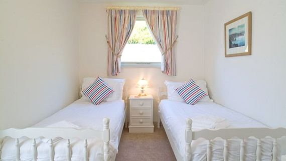 Fulmar Twin room