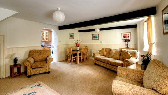 House Cottage Image 4