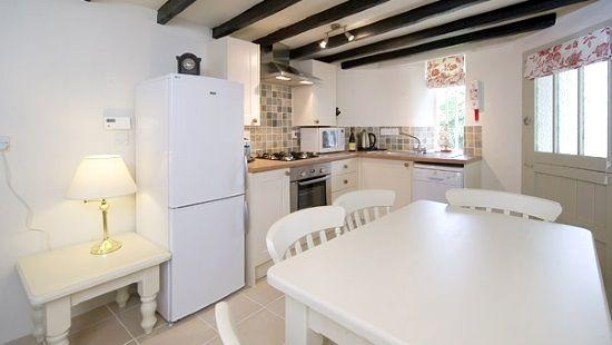 Round house kitchen