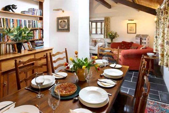 The Old Farmhouse Image 4