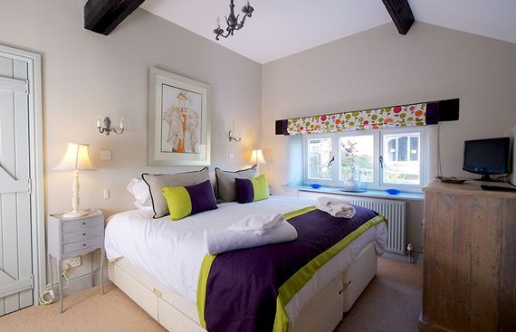 Casterbridge cottage bedroom