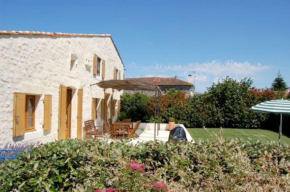 Le Cadran Solaire - Terrace & Garden