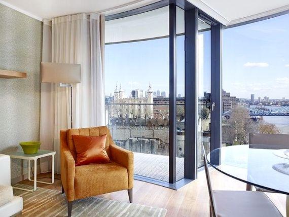 Tower Bridge Apartment Image 7