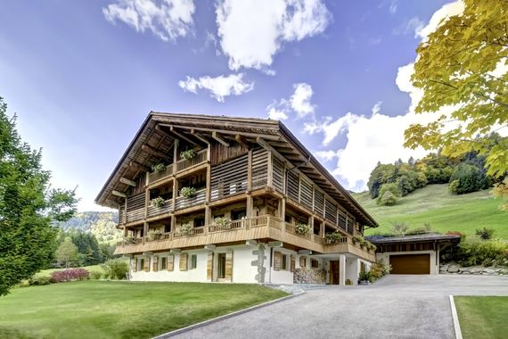 Chalet le 2 in summer