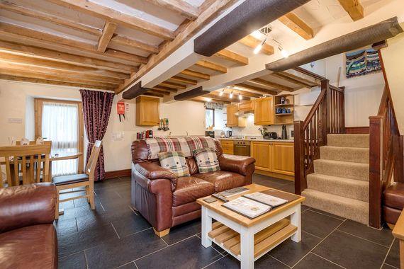 Elliott Cottage Image 4