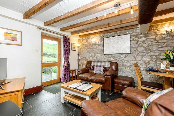 Mycock Cottage Image 3