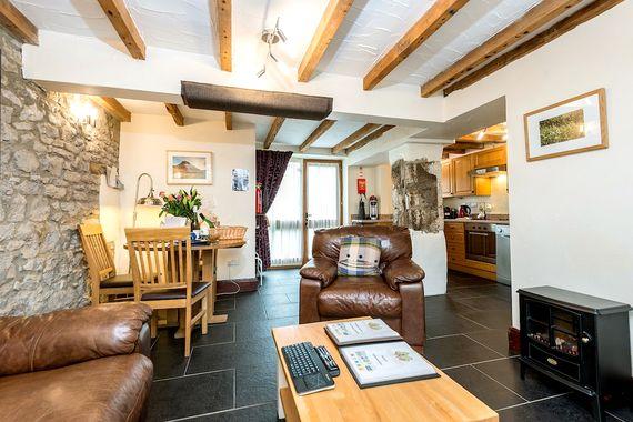 Mycock Cottage Image 6