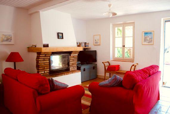 La Porcherie living room