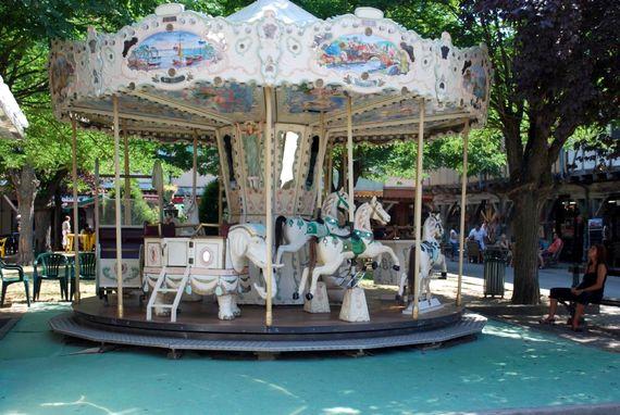 Mirepoix carousel
