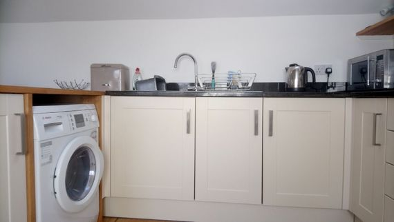 The Hayloft - washer dryer and built-in dishwasher