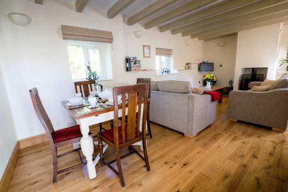 Llandeloy Cottages - One (W) Image 4