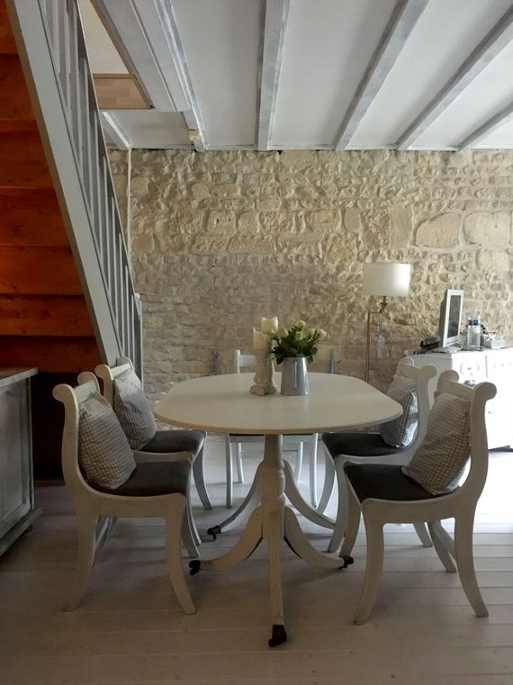 Rustic chic dining area