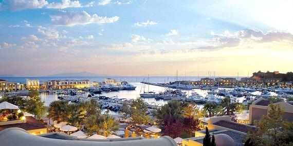 Sani Asterias - Suite with Marina View Image 19