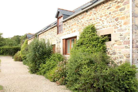 No.4, La Vieille Grange - 2 bedroom gite sleeping 4 Image 2