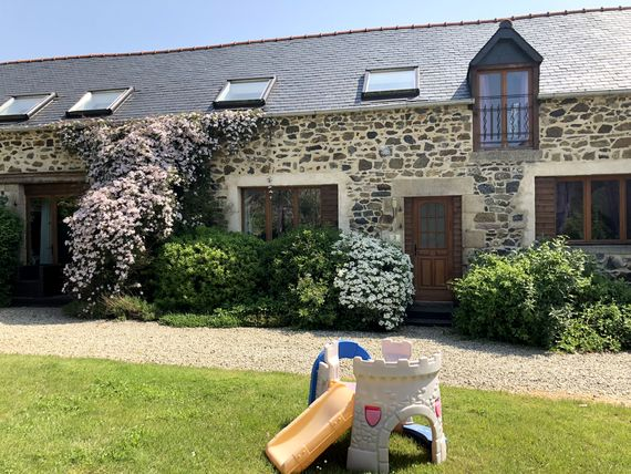 No.3, La Vieille Grange - 3 bedroom sleeping 6 plus infant Image 1