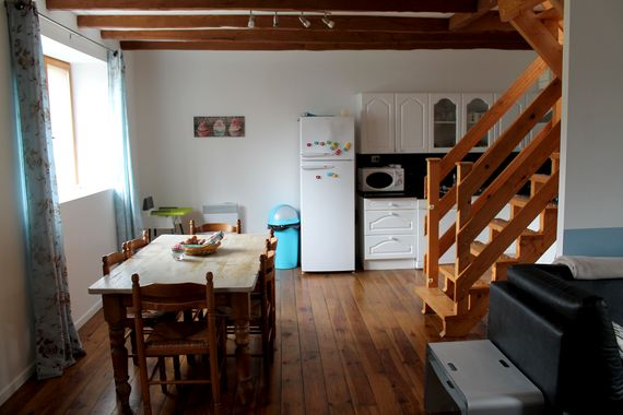 No.3, La Vieille Grange - 3 bedroom sleeping 6 plus infant Image 7