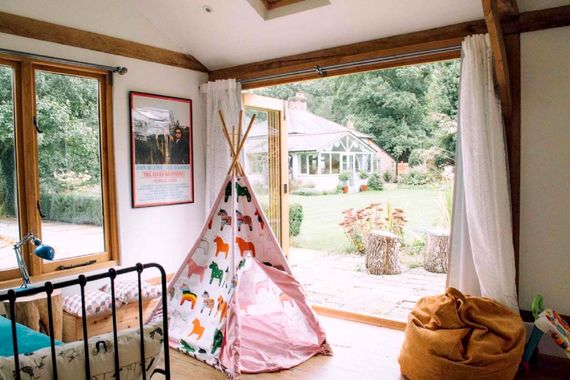 Sunnydell - Forest Getaway with Pool and Playroom Image 14