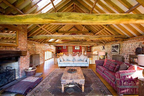 Chaucer Barn Image 11