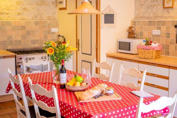 L'Etable kitchen