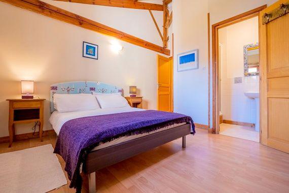 L'Etable master bedroom with en-suite shower room
