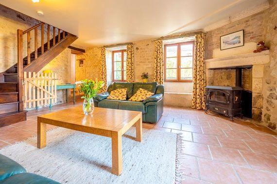Petit Chateau lounge