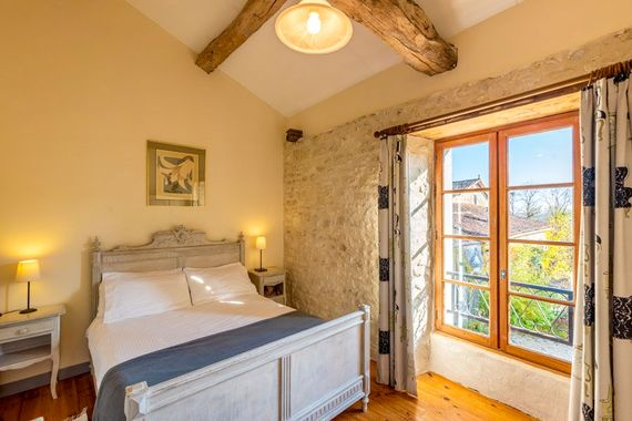 Chateau de Gurat - Le Coin Fleuri, double bedroom No.1