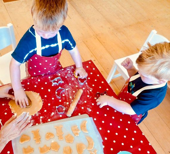Baking in childcare/kids club